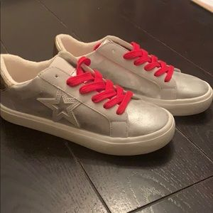Brand new Time and Tru women's shoes